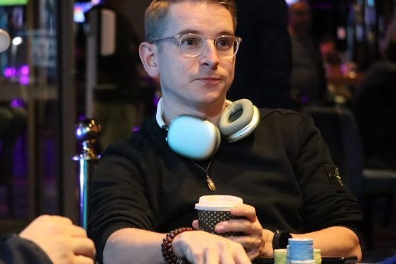 Mike Maddocks takes chip lead into final day of WPTDS Gold Coast